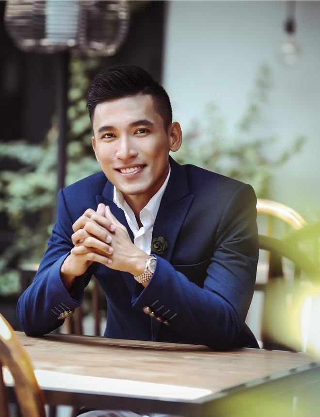 Ông Nguyễn Mạnh Hùng Quận 10 - TPHCM