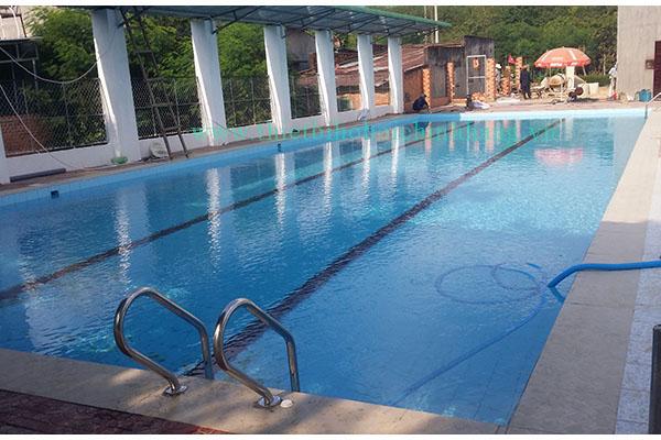 Thi công hồ bơi kinh doanh của anh Hai tại Đức Phú - Tánh Linh - Bình Thuận
